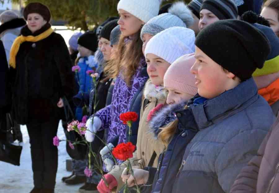 День защитника Отечества хотят сделать летним праздником