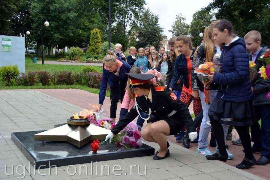 ВЯлте почтили память жертв терактов