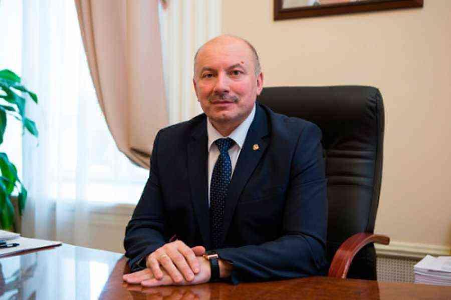 Руководитель Верхнеуслонского района поздравил сДнем рабочего органов внутренних дел РФ